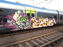 louder than a bomb (en-ri) Tags: verde monster train writing torino graffiti crew bomb viola bianco mostro arancione sdk opak
