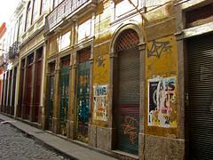 Travessa do Comércio (Gijlmar) Tags: brasil brazil brasilien brésil brasile brazilië riodejaneiro риодежанейро cidademaravilhosa ρίοντετζανέιρο américadosul américadelsur southamerica amériquedusud urban city porta deur dveře tür door puerta porte drzwi дверь