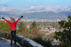 Merry Christmas Vancouver (yuanxizhou) Tags: awesome beautiful scenery landscape cloud bcstadium skyline downtown view mountain queenselizabethpark vancouver christmasday merrychristmas