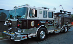 2015 Village of Mamaroneck Firemen's Parade and Carnival (zamboni-man) Tags: county rescue west port fire harrison control north engine police ct rye east chester volunteer darien firefighter hawthorne purchase department 60 fairfield vfd westchester putnam whelen armonk sourh mamaroneckparade2015 ossinign mahopaac