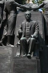 Samuel Gompers statue (jem2044) Tags: travel statue washington archive images samuel gompers 390 bldgs ffffffffffffffff 20060824