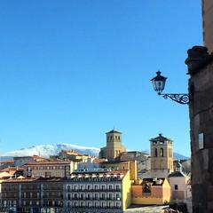 Segovia (chrisromero2) Tags: estampas belleza cieloazul sierra iglesia nieve pueblo spain españa espaa segovia