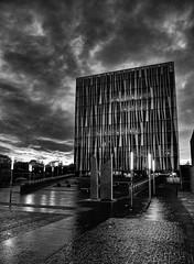 Aberdeen University Library (Explored) (PeskyMesky) Tags: aberdeen aberdeenuniversity aberdeenuniversitylibrary scotland flickr bw monochrome blackandwhite canon