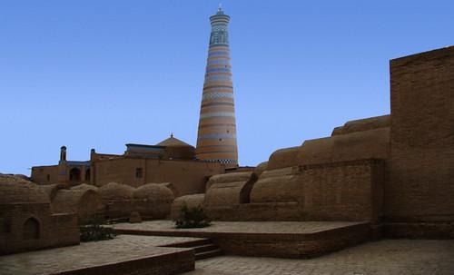 "Torres legendarias / Faros, minaretes, campanarios, rascacielos • <a style=""font-size:0.8em;"" href=""http://www.flickr.com/photos/30735181@N00/32411715621/"" target=""_blank"">View on Flickr</a>"