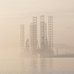 (Chris B70D) Tags: dundee broughty ferry landscape coast river ray sun sunset oil rigs oilrigs reflections light sky calm haar fog mist haze city scotland clouds water canon 18135 bird law hill skyline horizon colours