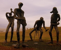 cool dudes.. (arny johanns) Tags: brown bronze canon four iceland cool statues 321 guys reykjavik perlan dudes iwant5 1on1 1213 ixus50 firstthought lifeisart scoreme onapositivenote mywinners