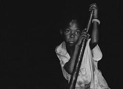 En silencio / In silence (brunoat) Tags: africa portrait bw girl tag3 taggedout lafotodelasemana bravo tag2 tag1 retrato bn nina cameroon cameroun frica camern scoreme43 camerun lmff lmff1 lmff2 lmff3 lmff4 lmff5 lmff6 lmff7 lfshaciendoalgo brunoat brunoabarca