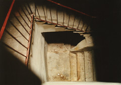 Down (grafosecondo) Tags: scale stairs dark stair scala scaring buio notpicked spaventoso