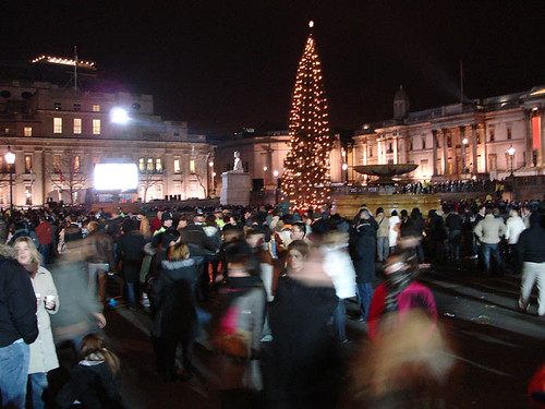 l-newyearseve2006-trafalgarsquare by wongoz, on Flickr