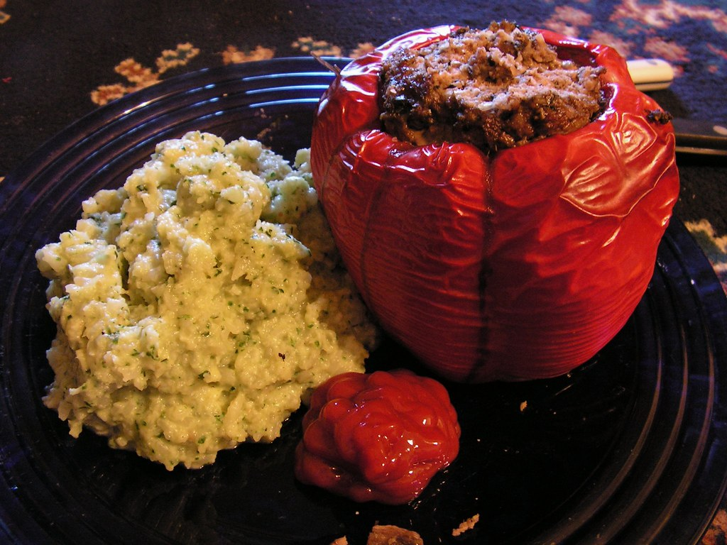 Stuffed Red Pepper with Cilantro-Garlic Cauliflower