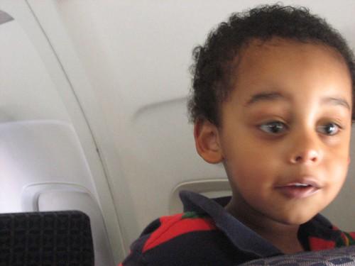 Barn på flyreise