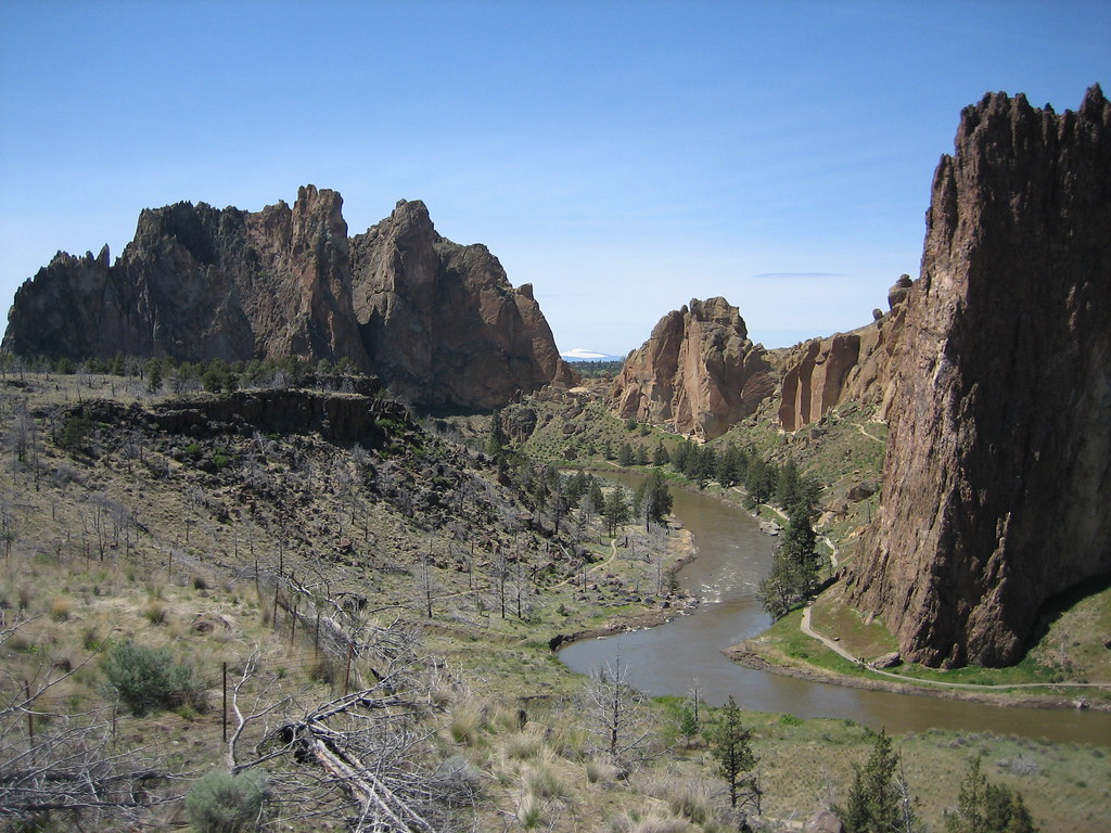 Smith Rock, Crooked River