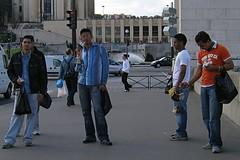 Eiffel tower gang