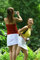 Japanese girls taking pictures, Singapore (Eric Lafforgue) Tags: woman girl female women singapore femme skirt jupe fille lafforgue ericlafforgue lafforguemaccom mytripsmypics ericlafforgue