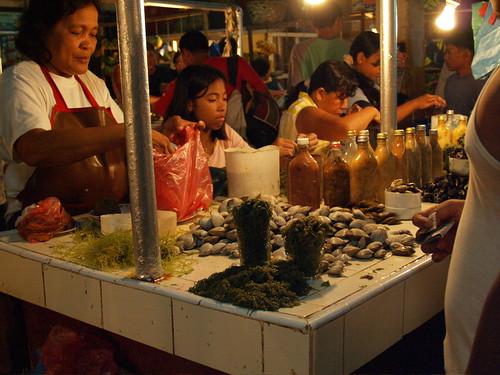 Tagbilaran, Bohol seafood shell mollusc rural Pinoy Filipino Pilipino Buhay  people pictures photos life Philippinen  菲律宾  菲律賓  필리핀(공화국) Philippines