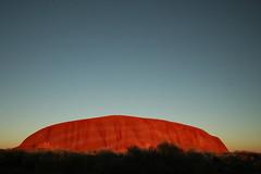Sunrise at Uluru (Lil [Kristen Elsby]) Tags: morning nature topf25 rock topv2222 sunrise landscape dawn nationalpark desert dry australia outback uluru arid northernterritory australasia ayersrock rockformation oceania redcentre ulurukatatjutanationalpark outbackaustralia