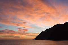 Christmas Sunset (Andrew Luyten) Tags: sunset portugal coast hires getty madeira exodus flickrfly geo:lat=327727 geo:lon=168275 5favlandscapes