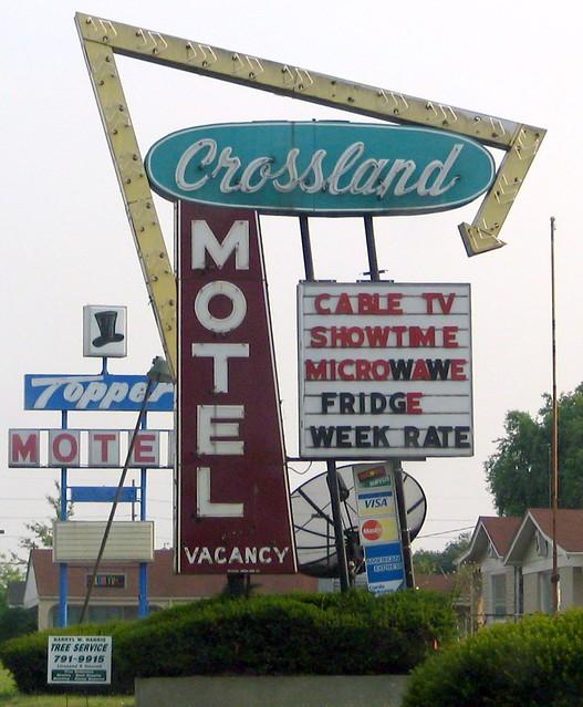 Crossland Motel