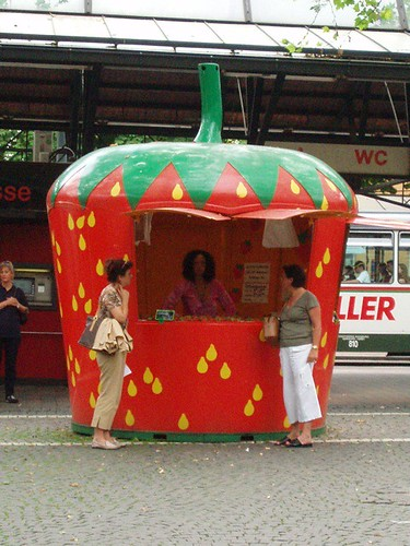 Strawberry Hut