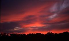 Manx Sunset (Chesil) Tags: sunset skyscape landscape fcsetsrises