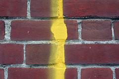 yellow line (Leo Reynolds) Tags: brick canon eos 350d pattern iso400 minimal f71 impossibleflag 44mm 0ev 0008sec hpexif groupimpossibleflag leol30random xleol30x xratio3x2x xxx2006xxx