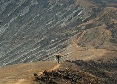 some more miles to go - ijen crater, indonesia (chillntravel) Tags: travel indonesia bravo eastjava ijencrater jawatimur ijen kawahijen