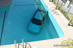 Car Into Pool in Woodland Hills. © Photo by Juan Guerra.