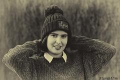 Juventud divino tesoro (Otra@Mirada) Tags: nerea juventud retrato joven virado bn