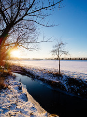 winter_creek (Joerg Esper) Tags: winter landscape landschaft natur nature snow schnee bach creek kruft krufter sunset sonnenuntergang sonne olympus olympusomdem1 olympusmzuikodigitaled9‑18mm140‑56