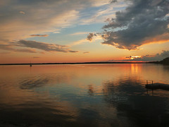 ottawa river sunset (lgoub) Tags: blue sunset orange ontario canada water colors river boats sailing quebec gatineau aylmer sailingboats aylmermarina mapleland