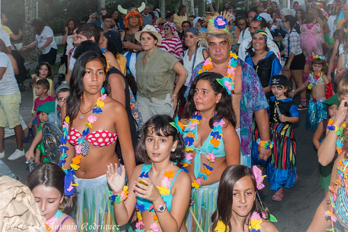 "Carnaval de verano 2015 • <a style=""font-size:0.8em;"" href=""http://www.flickr.com/photos/133275046@N07/20064076599/"" target=""_blank"">View on Flickr</a>"