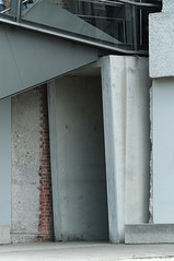AHS_Nürnberg48 (alexander h. schulz) Tags: germany deutschland nuremberg architektur nürnberg archietecture nationalsozialismus kongresshalle reichsparteitagsgelände dokumentationszentrum günterdomenig bayernstrasse