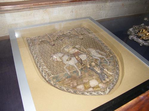 Trogir, IV. Béla koronázó palástjának csuklyája