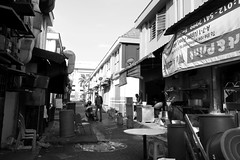 Canon G9 X-Behind a Restaurant (Floy Chan) Tags: canong9x canonpointandshoot blackwhite backlane