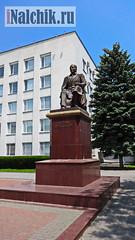 Памятник Алиму Кешокову