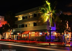 news cafe hdr (Rex Montalban Photography) Tags: longexposure miami southbeach hdr photomatix rexmontalbanphotography