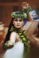 (LaTur) Tags: woman hawaii dance honolulu