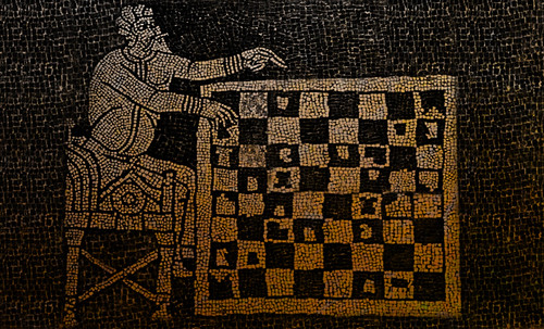 "Petteia - Ludus Latrunculorum  / Iconografía de las civilizaciones helenolatinas • <a style=""font-size:0.8em;"" href=""http://www.flickr.com/photos/30735181@N00/31678483654/"" target=""_blank"">View on Flickr</a>"