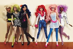 Current collection-jem and the holograms 💕🎉 (trulytrulyoutrageous) Tags: fashionroyalty integritytoys themisfits pizzazz maryphillips stormer roxannepelligrini roxy kimberbenton shanaelmsford jemandtheholograms jem