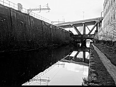 Industry and transport of Birmingham in a nutshell - The Stewart aqueduct and M5 Viaduct (B&W) (eucharisto deo) Tags: bridge blackandwhite bw reflection canal blackwhite birmingham motorway bcn telford viaduct reflected bandw m5 thomastelford mainline 1827 instantfav newmainline reflectedbridge wolverhamptonlevel 144mod 473feetod