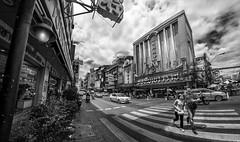 Buzzing street in China Town (Sunny's eye) Tags: china road street people thailand photography town photographer cross bangkok sunny sobhani thailandonly sunnyseye