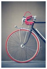 PETIER (kick-my-pan) Tags: paris france french pearl bicyclette adhoc vélo vintagebike vintagebicycle randonneur oldbicycle randonneuse mafac maxicar frenchbicycle canoneos5dmarkii véloancien vélodecollection