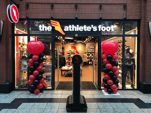 Ballonpilaar Breed Hart Athletes Foot Schiedam