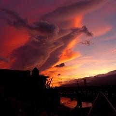 Fiery sunset (Marlis1) Tags: sunset sonnenuntergang tortosacataluñaespaña marlis1 panasonictz71 ebroriver