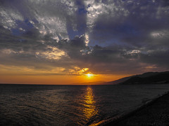 Sunset over Edremit Gulf (NikosPesma) Tags: sunset sky sun turkey edremit altinoluk