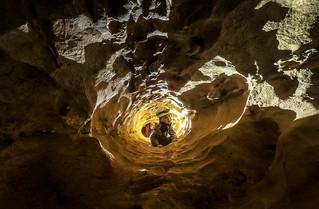 Le toboggan d'accès au réseau inférieur - Le labyrinthe - Mollans sur ouvèze (26)