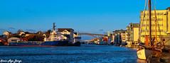 Smedasundet in Haugesund (Syriax) Tags: smedasundet smedasundethaugesund haugesund haugesundnorway haugesundnorge subseasupportervessel subseasupporter boat boats shipping vessels shippingvessels sailboat
