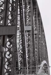 SYDNEY HARBOUR BRIDGE BLACK AND WHITE (patrick555666751) Tags: sydneyharbourbridgeblackandwhite sydney harbour bridge black and white ponts pont bridges puentes puente ponte australie australia flickr heart group oceanie blanc i negre blanco y negro bianco e nero preto branco schwarz und weiss brucke nouvelle galles du sud new south wales