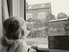 Day 12 (JoRoSm) Tags: mono bw black white blackandwhite candid portrait portraiture anticipation snow play winter weather child children waiting watching girl sgs7 androidography inside outside window