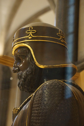 Geoffrey de Mandeville, Earl of Gloucester and Earl of Essex, Surety Baron of Magna Carta 1215, James Sherwood Westmacott (Sculpture), Temple Church (1)